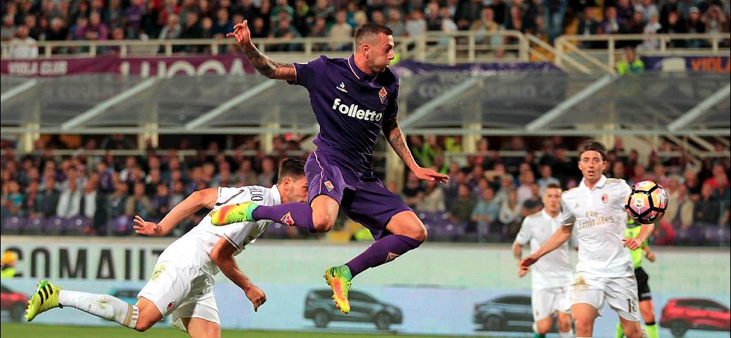 Il tiro di Bernardeschi (Getty Images)