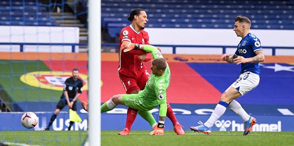 """Liverpool, Van Dijk non si abbatte: """"Penso al recupero, riabilitazione pianificata nei dettagli"""""""