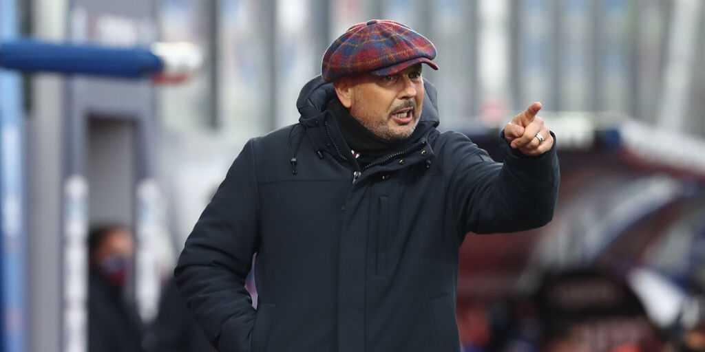 """Bologna, Mihajlovic: """"Tomiyasu non disponibile. Su Barrow e i rigori..."""""""