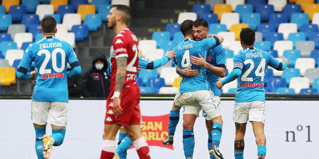 Napoli-Fiorentina 6-0: cronaca, tabellino e voti del Fantacalcio